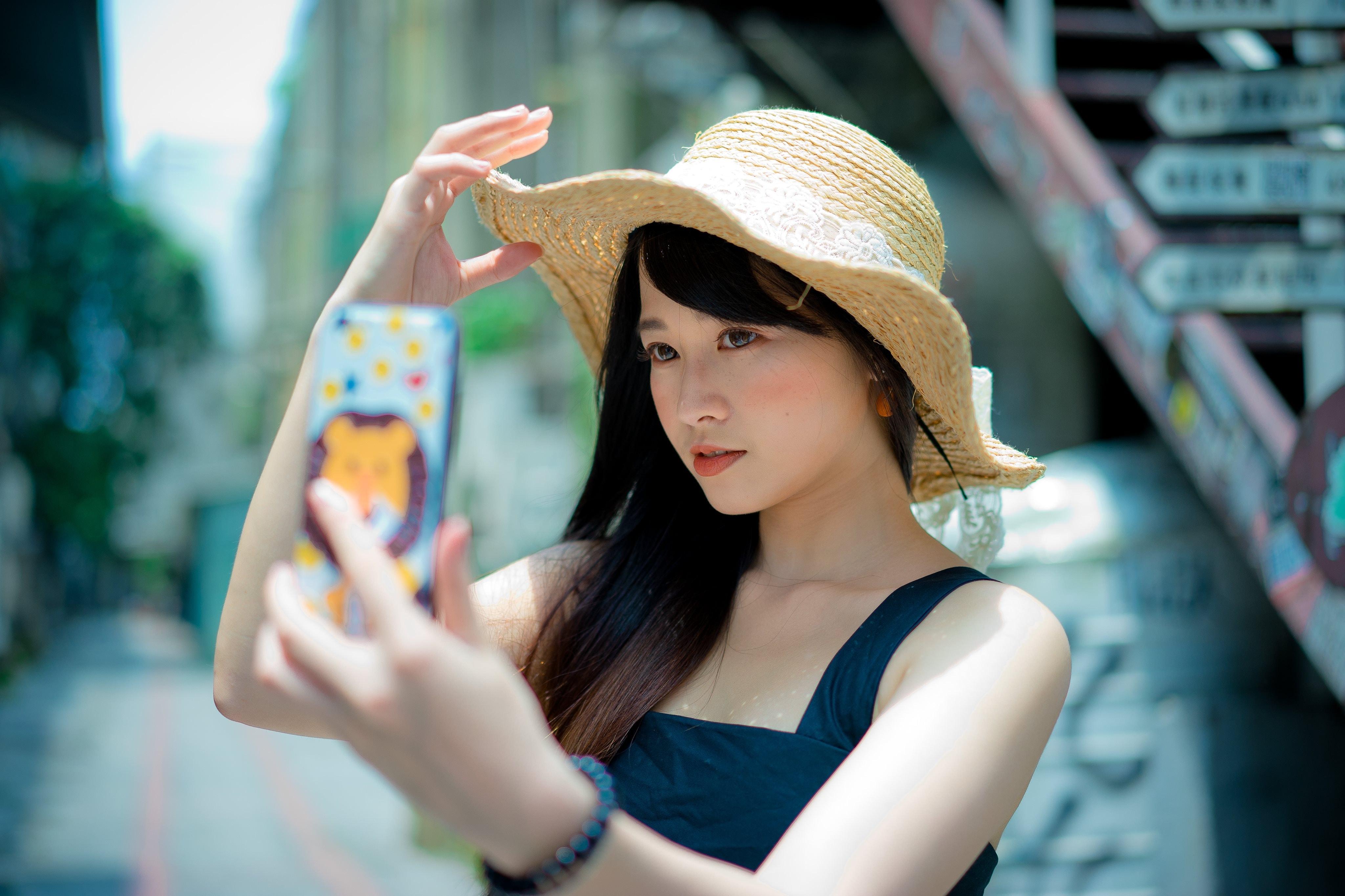 beautiful-beauty-casual-1101597